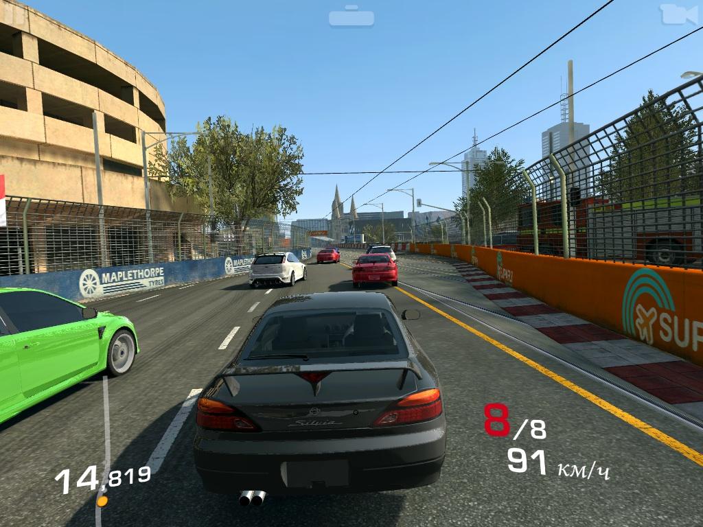Real Racing 3_6